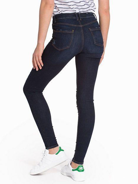 Nelly.com: B Rip Skinny Jeans - New Look - nainen - Blue. Uutuuksia joka päivä. Yli 800 tuotemerkkiä. Rajatonta vaihtelua.