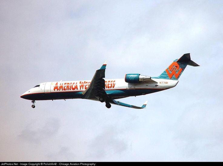 Canadair CL-600-2B19 Regional Jet CRJ-200LR, Mesa Airlines, N77181, cn 7181, Mesa delivered 30.7.1997. Stored. Foto: Chicago, USA, 30.3.2002.