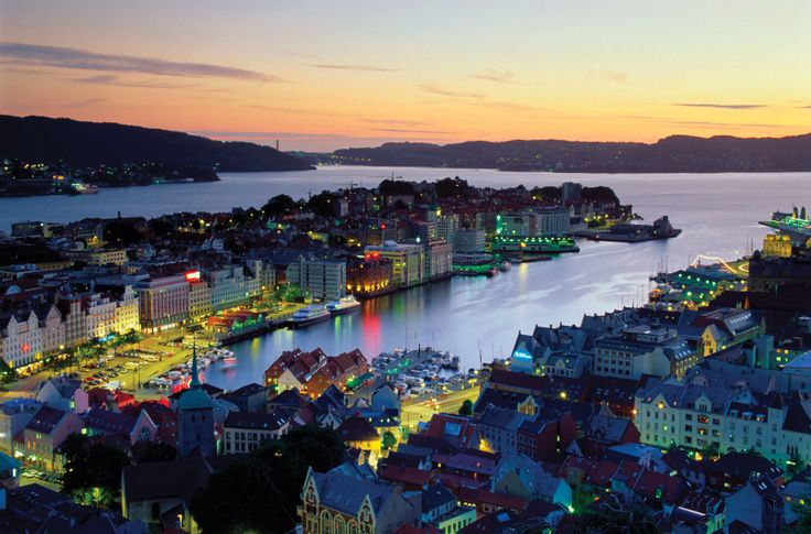Bergen at night.
