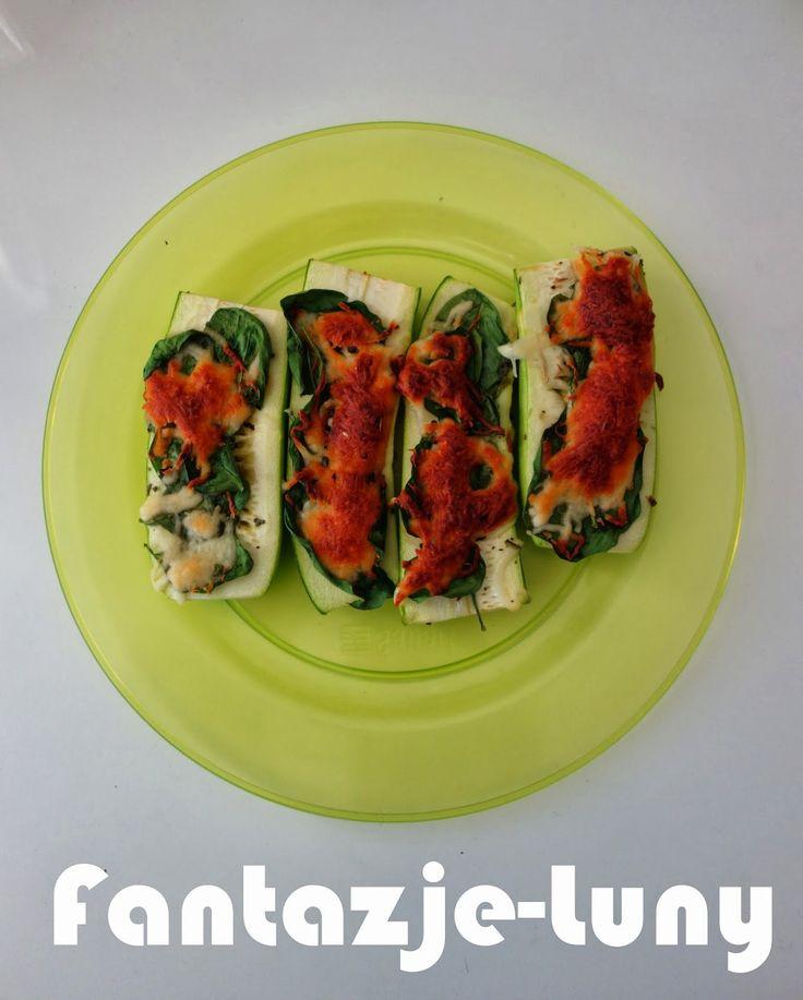 . Najpyszniejsze dietetyczne przepisy w internecie! Dietetyczne dania, zdrowa żywność, zdrowe życie!: Cukinia zapiekana ze szpinakiem i mozzarellą