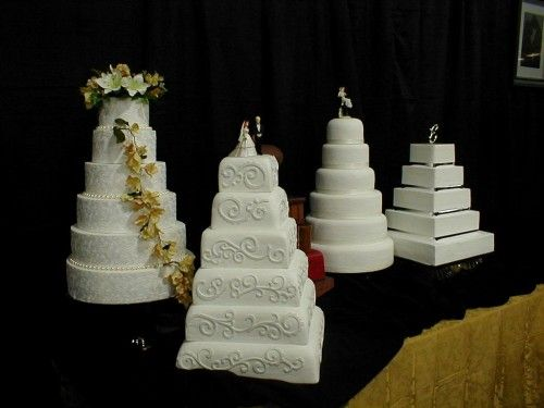 ultra wedding cakes | sugary cake coating that gives cakes an ultra smooth finish
