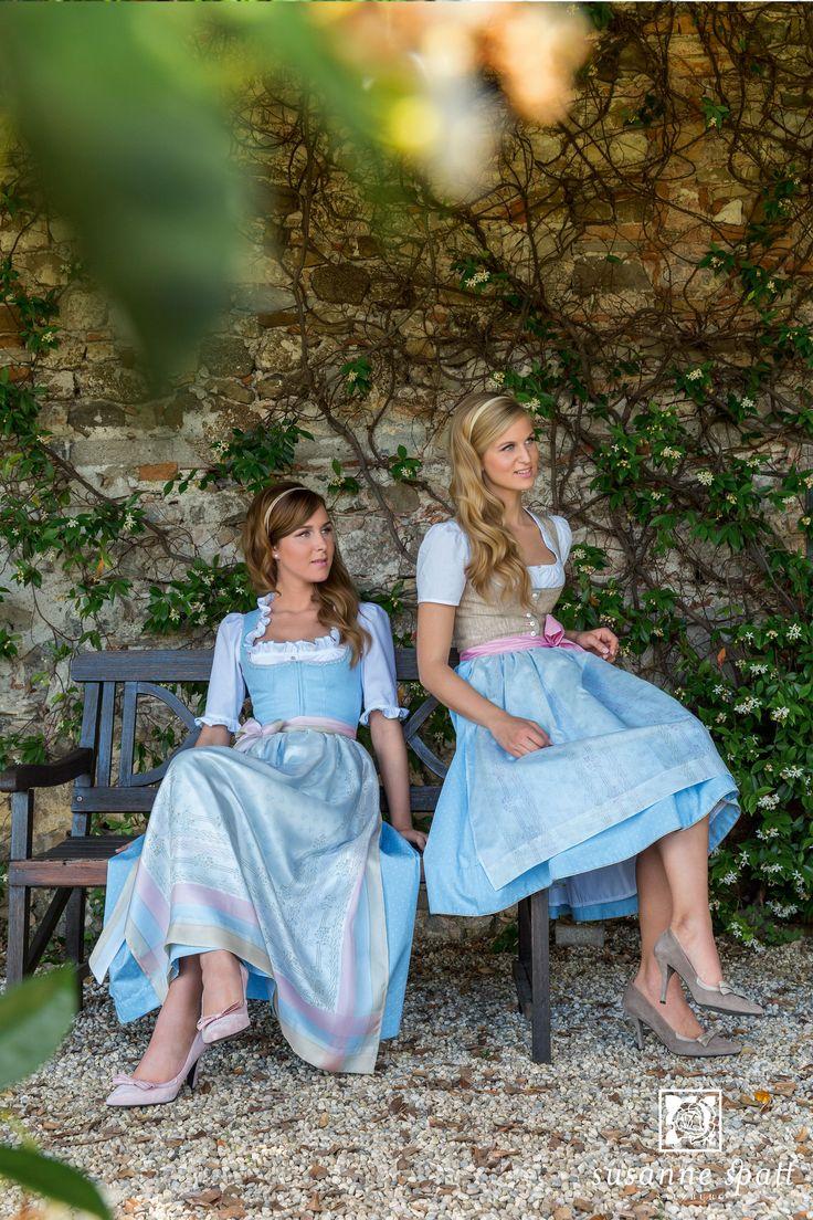 Susanne Spatt - Dirndl Kathi linen silicic melé, cotton panel skirt (DKS14421-BK), Dirndl Marie linen sky blue, cotton skirt (DKS14402-O)