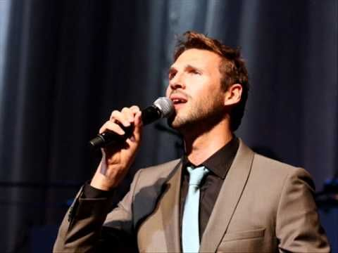 Pieter Embrechts & The New Radio Kings - Dance me to the end of love - YouTube