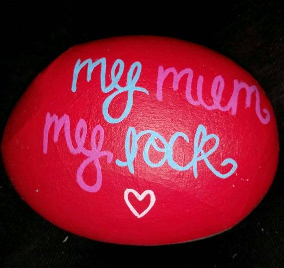 Hand Painted Pebble for Mother's Day. Unique, personal Mother's Day gift and great card alternative. Can be customised to suit you. #SayItWithLadySketch