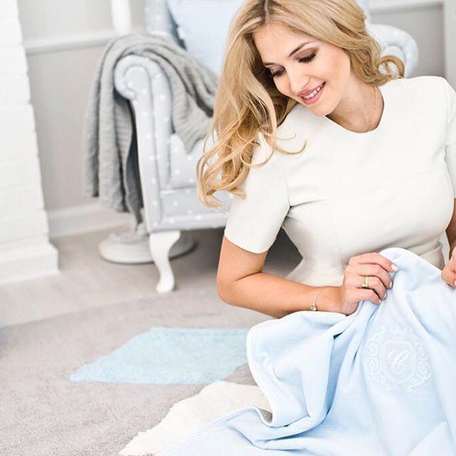 Miękkość naszych tkanin doceniła nasz była Miss, a przyszła mama Rozalia Mancewicz @rozamance #baby #soft #fabric #baby #babyboy #instamama #instamother #instababy #withlove #design #pure #clasic