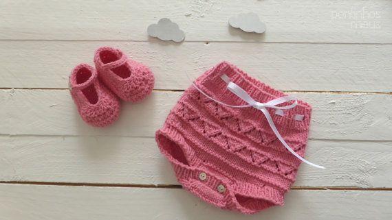 Conjunto tricot bebe - Tapa fraldas + sapatinhos croche
