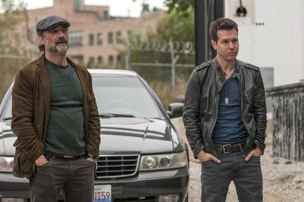 Elias Koteas and Jon Seda in Chicago PD photo - Chicago PD picture #8 of 46