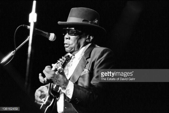 Photo d'actualité : Blues musician John Lee Hooker performs live at...