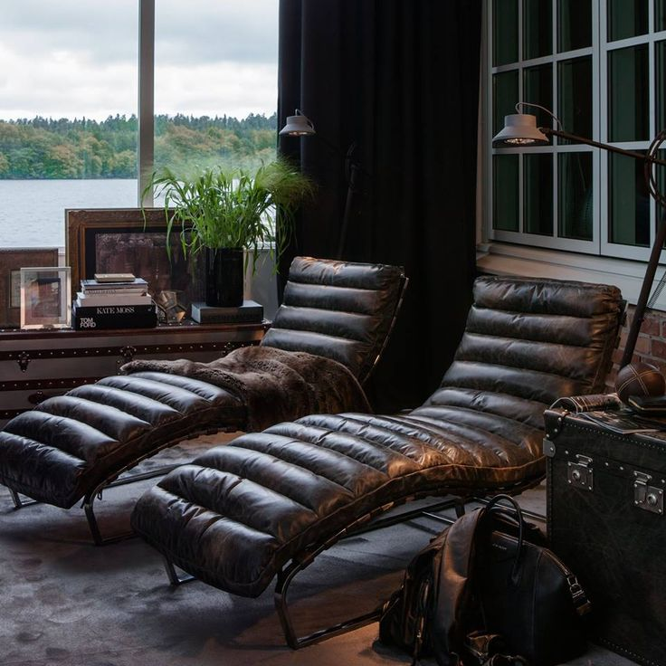 living room ideas with leather furniture%0A I don u    t usual like dark leather furniture but wow