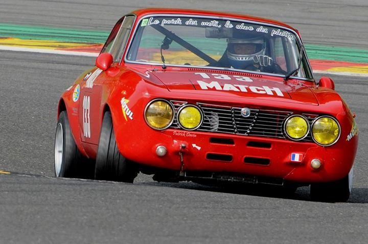 Alfa Romeo GTA race car