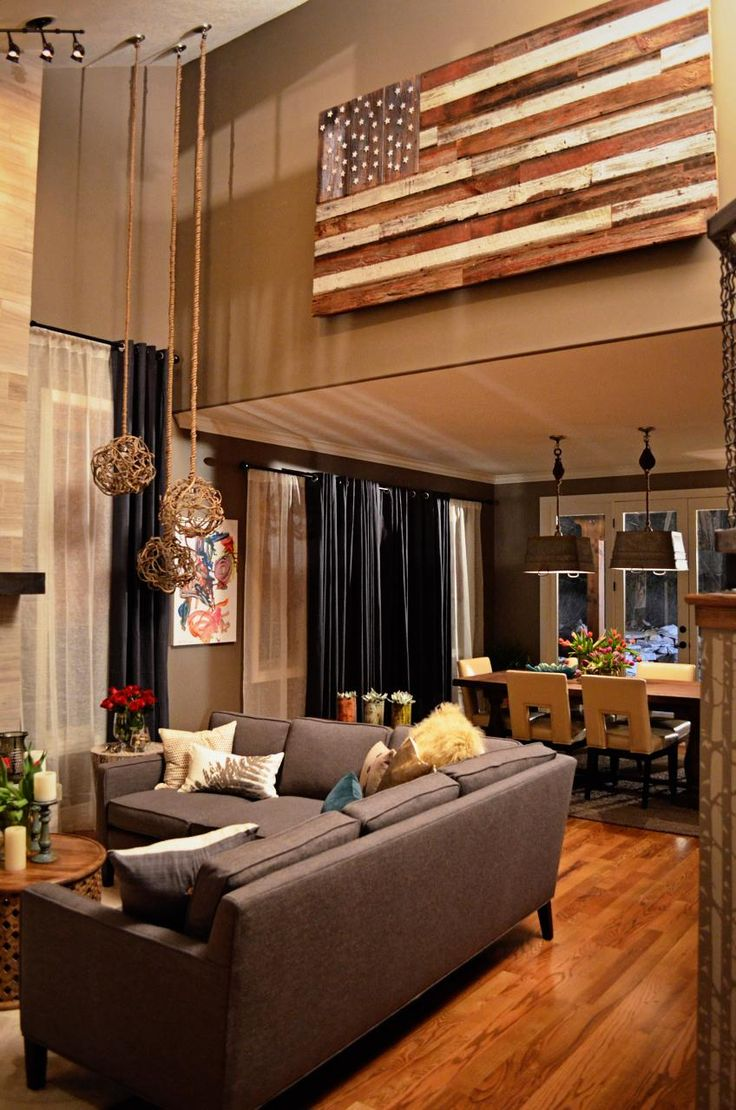 Decorating High Ceilings & Making the Most of Vertical Spaces -  explains how to decorate with: Doors, Objects in Repetition & Frames + tips & tricks.High Ceilings Decor, Decor High Wall, Living Room Layouts, American Flags, Design Ideas, Pallets Flags, Awesome Flags, Decorating Ideas High Ceilings, Decor High Ceilings