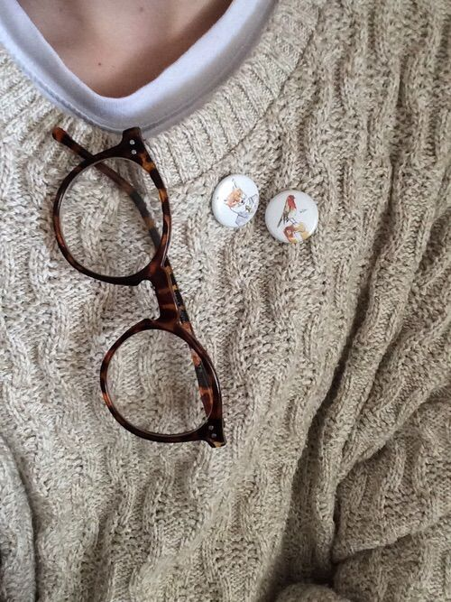 i can see like. eric wearing this when he studies and being a super cute dork. or maybe rick even; he'd look good in a sweater.