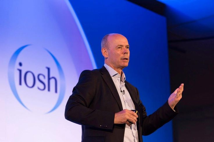 Sir Clive Woodward, Former Head Coach, England Rugby Team (World Cup Winners 2003) and Director of Sport for Team GB at the London 2012 Olympics, presented a keynote speech on 'Leading high-performance teams' on day two at IOSH 2016. Here's a Q&A on leadership that was published previously on the IOSH conference website…