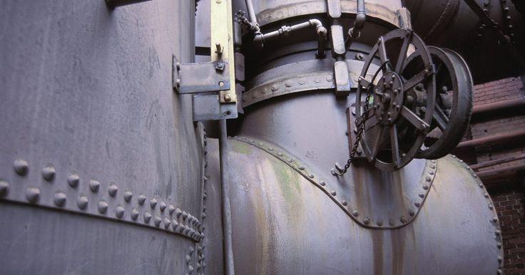 Cómo calcular la cantidad de condensado por cantidad de vapor. El vapor es simplemente agua que ha hervido y ha cambiado de estado. La entrada de calor en el agua se mantiene en el vapor en forma de calor total que es el calor latente y el calor sensible. Conforme el vapor se condensa, cede su calor latente y el líquido condensado conserva el calor sensible. Los procesos industriales que utilizan vapor en ...