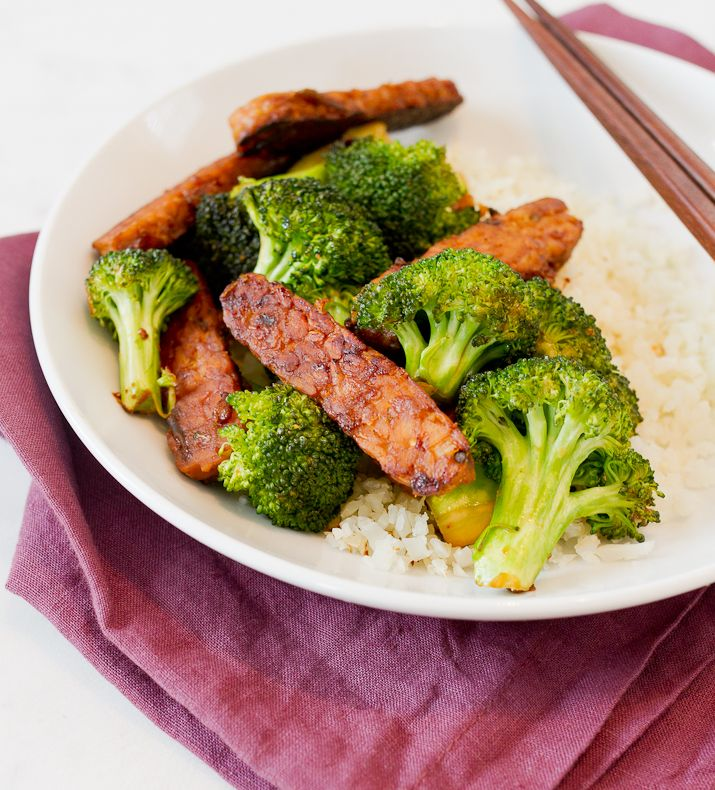 This one-skillet teriyaki tempeh and broccoli is loaded flavorful and perfect for weeknights when you need to get a healthy dinner on the table fast!