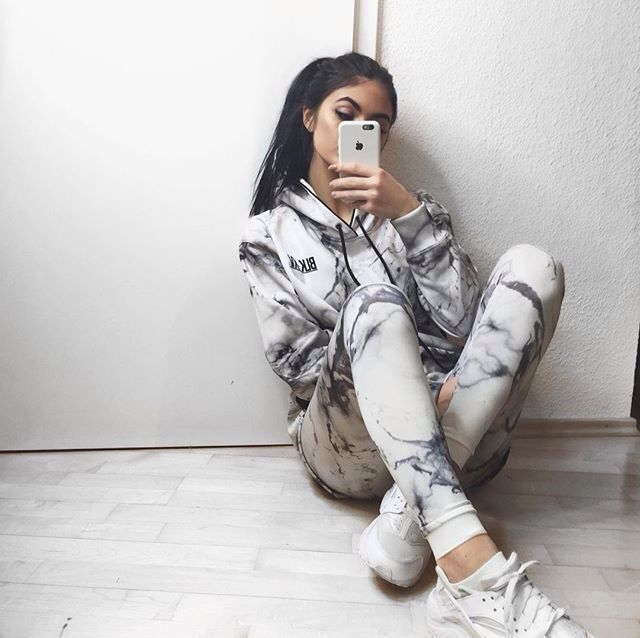 Find More at => http://feedproxy.google.com/~r/amazingoutfits/~3/Tbs1A9Mb3YM/AmazingOutfits.page
