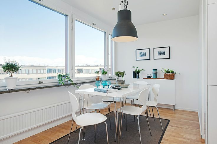 How to Design a Luxury Home With a Clean White Color for Dining Area
