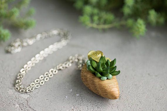 Green Succulent Necklace Pendant Wholesale Succulent Plants Nut Shell Pendant Jewelry Succulent Birthday Wedding Bridal Gifts by eteniren. Explore more products on http://eteniren.etsy.com