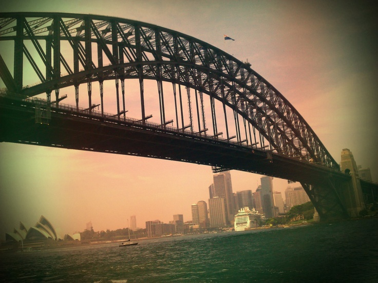 Ferry Crossing Sydney Harbour