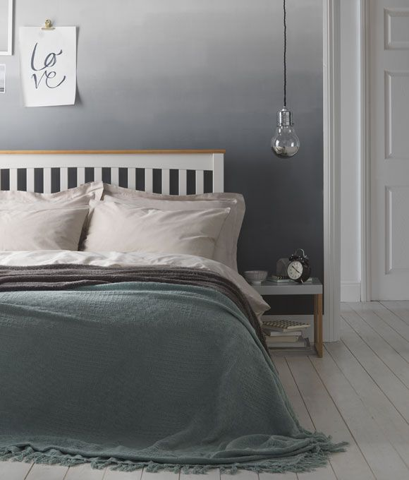 Home Inspiration Paint effect Ideas. Grey ombre effect wall in bedroom. How to create an ombre painted wall.