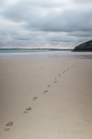 Footsteps in the Sand, Carbis Bay Beach, St. Ives, Cornwall, England, United Kingdom, Europe Fotografiskt tryck