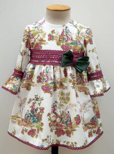 vestido para bebe nia toile bunganvilla y manga francesa adornado con encaje de bolillos y