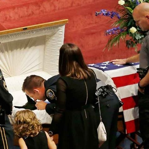 Kye, a K-9 Police Dog Killed in the Line of Duty, Receives Funeral With Full Honors | WOOFipedia by The American Kennel Club