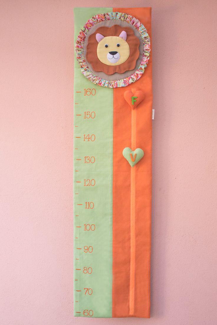 Quanto sono alto? (metro crescita in stoffa) / How tall am I? (growth chart made of cloth) – fatto con amore da / made with love by: Alessandra Nizi alessandranizi@gmail.com