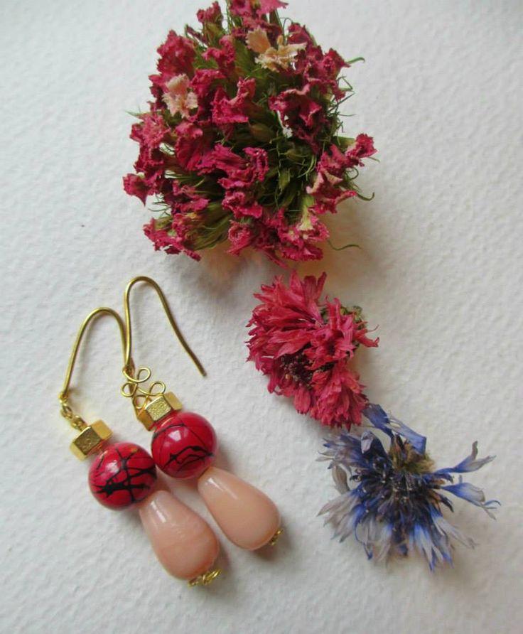 Orecchini eleganti e colorati / Elegant earrings  #earrings #fashion #colorful #handmade #bohemianjewelry