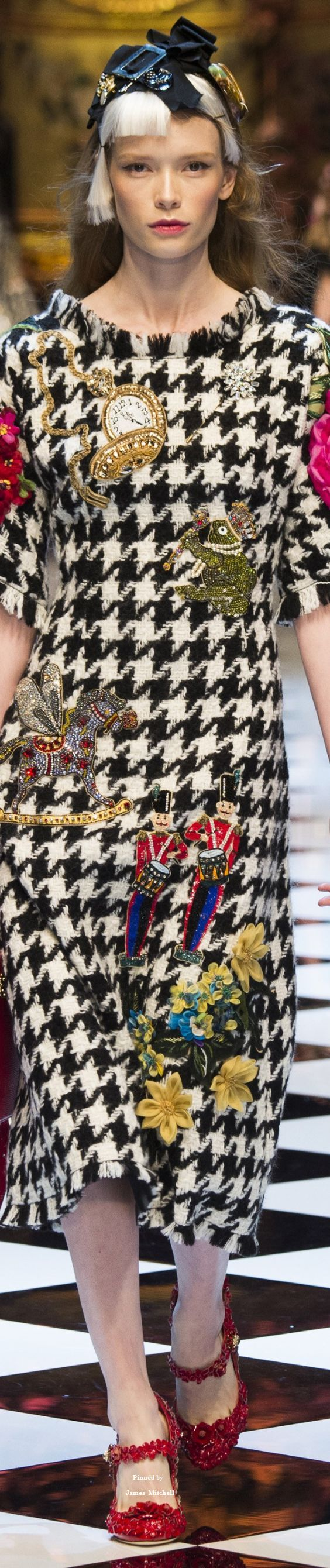 Dolce & Gabbana Collections Fall 2016 collection