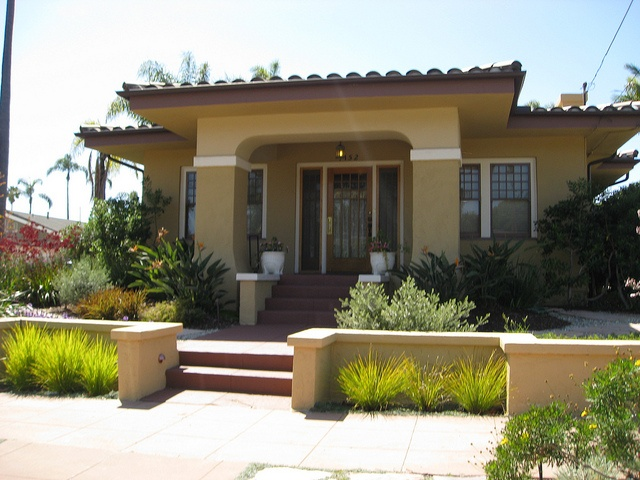 202 best mission style images on pinterest haciendas for Mission homes
