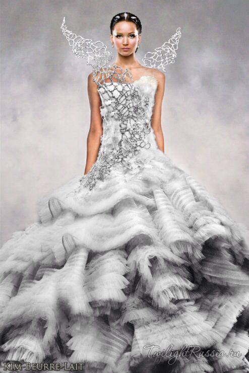 Jennifer Lawrence The Hunger Games http://www.burlexe.com/just-because-effie-trinket/