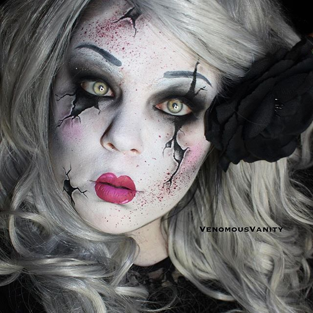 Cracked Doll  31 days of Halloween day 31!!! We made it! 31 looks now complete. This one was done for the @makeupforeverca ✖️ @sephoracanada #glamtoghoul collaboration! Once a pretty doll turned killer when her absent minded owners dropped her and cracked her pretty face!  PRODUCTS @makeupforeverca @makeupforeverofficial Flash palette + HD Finishing powder + Artist 4 palette + brushes. @sugarpill Bulletproof and Tako @katvondbeauty @thekatvond Trooper @mehronmakeup Paradise paints…