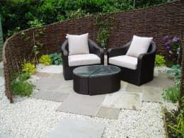 ausgefallener Garten von Cherry Mills Garden Design