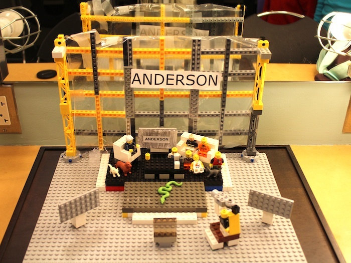 Anderson Cooper Show Set       recreated with legos