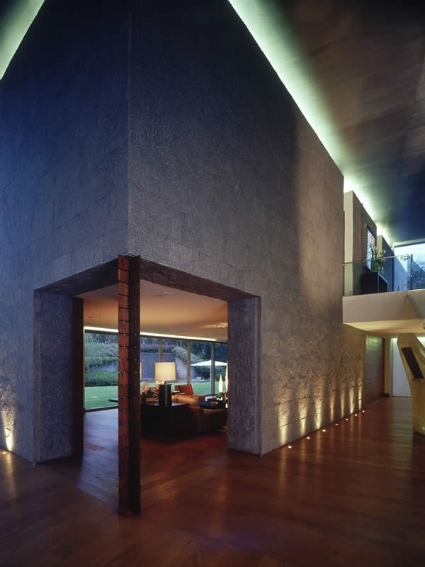 Casa Bosques | Sordo Madaleno Architects