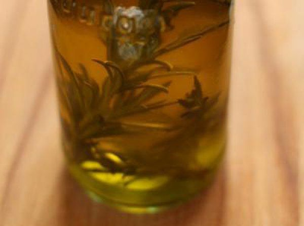 Ароматическое масло с розмарином