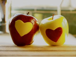 Love Apples - The Magic Onions - Instructions HOW to make these apples, great for a healthy valentine party class treat at school