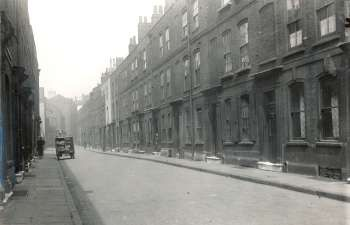 Princes Street, Rotherhithe, 1934. Name changed to Mayflower Street in 1937.