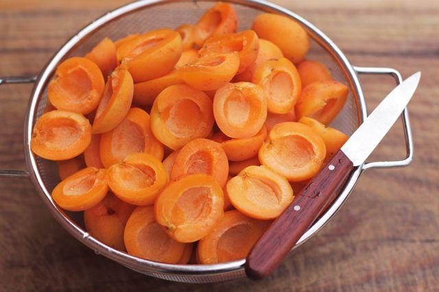 apricot jam - apricot halves