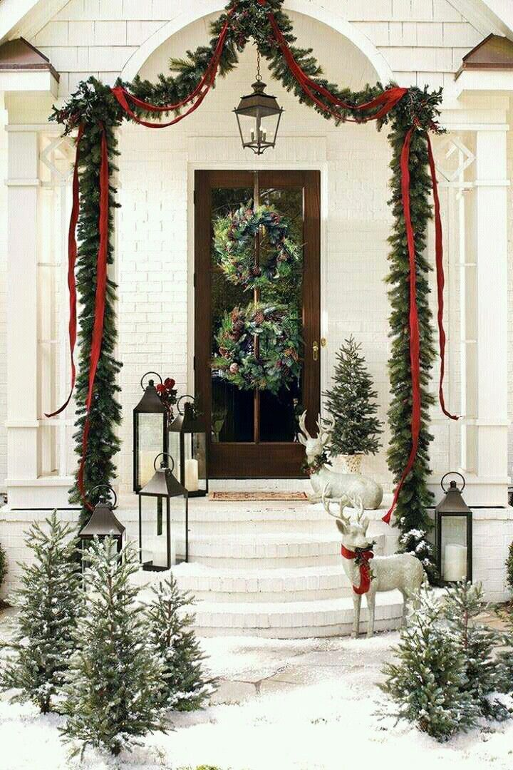 Christmas Front Doors Outdoor Christmas Christmas Decor