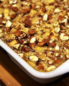 19. Apple Cinnamon Quinoa Breakfast Bake #paleo #breakfast #recipes http://greatist.com/eat/paleo-breakfast-recipes