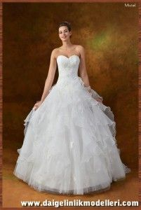2014 Flower Garden Kabarık Gelinlik Modeli  Bazen sade bir model bazende dahada şahşahalı ve gösterişli bir model giymek farklı gelin adaylarımızın farklı istekleri olmuştur. Bu konumuzda Kabarık Gelinik Modelleri ile ilgili olarak bir kaç tane örnek tasarım göstereceğiz. #kabarık #gelinlik #modelleri #kabarıkgelinlik #wedding #dresses #evlilik #bridal #bride #2015 #gelin #gelinler