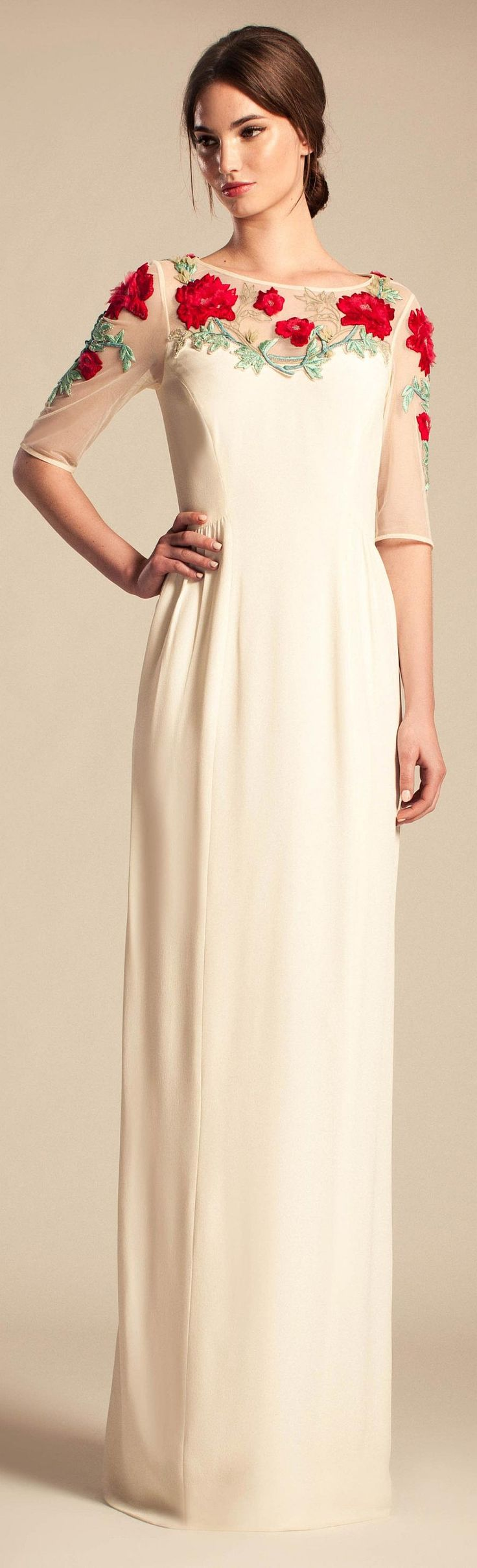 Temperley London Resort 2014. In love with this. Would totally get married in this.