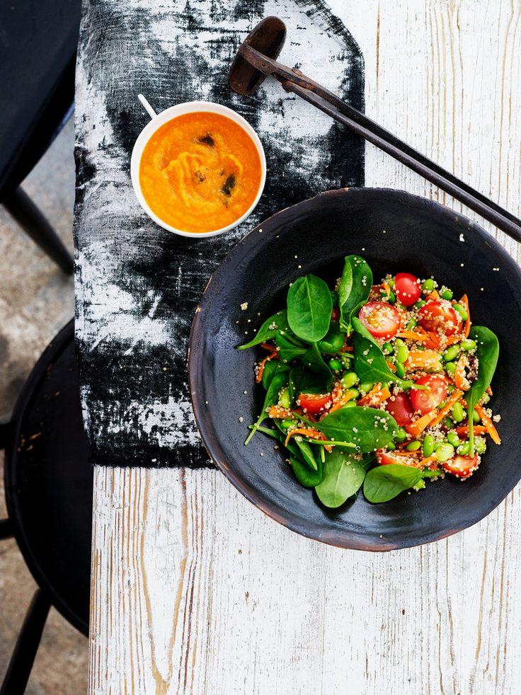 Kvinoasalaatti ja porkkana-misokastike | K-Ruoka
