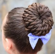 Stylish Prom Updo Hairstyle for Long Hair: The Rope-Twisted Pinwheel Bun Hair Tutorial - Cute Girls Hairstyles