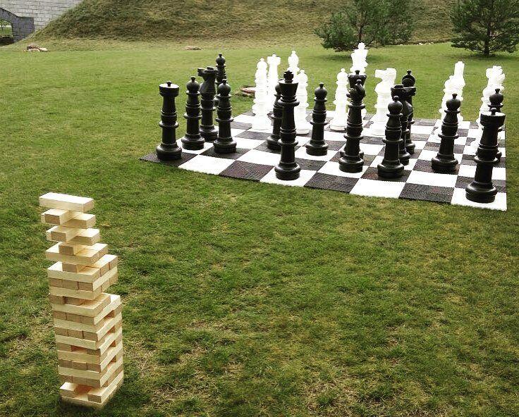 Гигантские шахматы крокет и дженга - популярные в этом сезоне развлечения на свадебных торжествах.  #арендааттракционов #организациямероприятий #организациясвадеб #организациясвадьбы #организацияпраздников #свадьба #декорсвадьбы #свадебные игры #игрынасвадьбе #свадебныйведущий