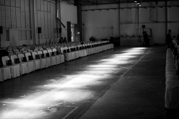Dnia 24.02.2015 w H15 Boutique Hotel odbyły się pierwsze obrady jury 7. edycji Fashion Designer Awards. Jury konkursu m.in.: Tomasz Ossolińki, duet Bizuu, Lidia Kalita, Beata Sadowska, Andrzej Foder, Marieta Żukowska, Joanna Horodyńska oceniali zgłoszone prace konkursowe. Po głosowaniu i zliczeniu punktacji wyłoniono grupę 30 młodych designerów, a wśród nich trójkę naszych studentów Anię Kałęcką, Simonę Nikołajewską oraz Dastina Porazińskiego.