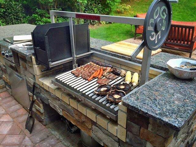 Great Backyardbbq In This Nice Outdoorkitchen Setup Medium Sized Gaucho Grill Insert With The Brasero A Custom Grill Backyard Grilling Outdoor Bbq Kitchen