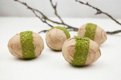 Ostereier dekorieren umwickeln und mit Häkelband schmücken